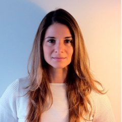 Joana Faria, English, French, Portuguese, Spanish speaking Obstetric & Gynecologist in Lisbon.