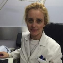 Montserrat Salleras, English, French, Spanish speaking Dermatologist in Barcelona.