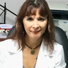 Ruth Eunice Pulido Ross, English, Spanish speaking Dermatologist in Cancún.