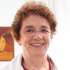 Mary McCarthy, English, Spanish speaking General practitioner, Internist in Barcelona.
